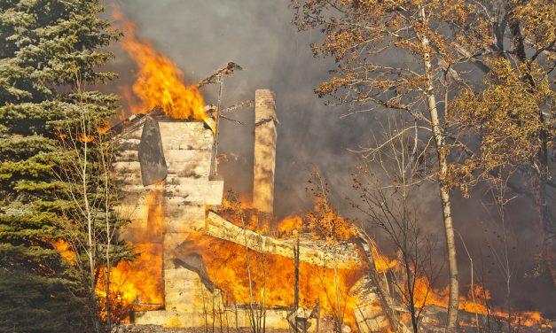 Fire & explosion destroy a block of Moffat; numerous fire departments respond
