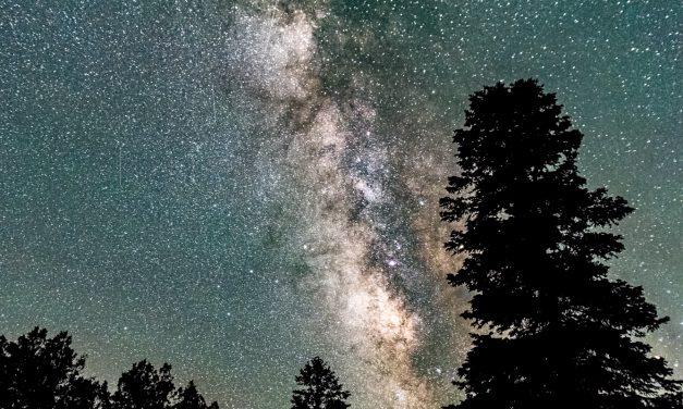 Bright skies over Crestone: Embracing the night